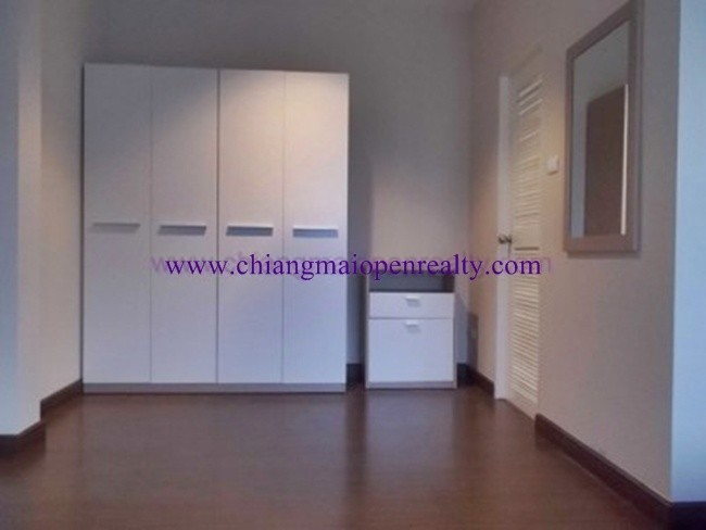 [H43] 3 Bedrooms for rent @ The Urbana Project 1.-Unavailable-