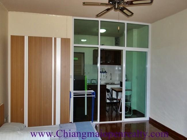 [CR096] Studio for Rent – Sale@ Riverside condo.
