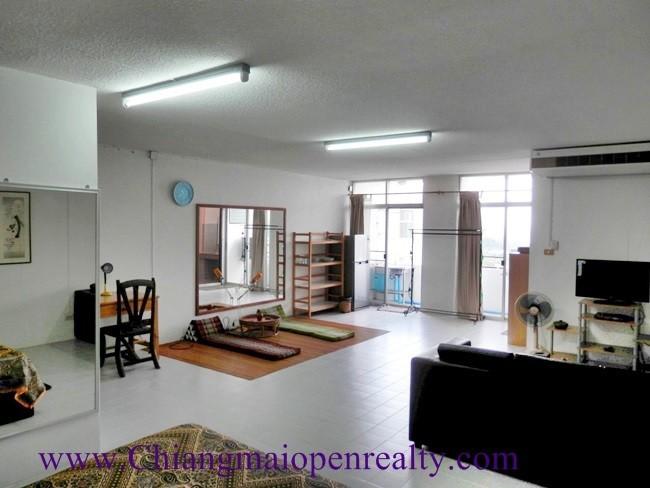 [CSR1404] Studio for rent @ SR Complex.