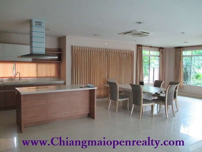 [H244] House for Rent @Siwalee.