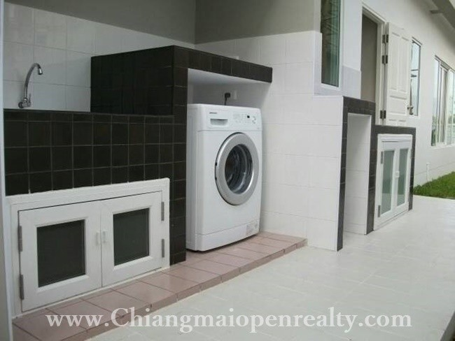 [H259] Fully furnished house with 4 bedrooms for rent @ The Urbana