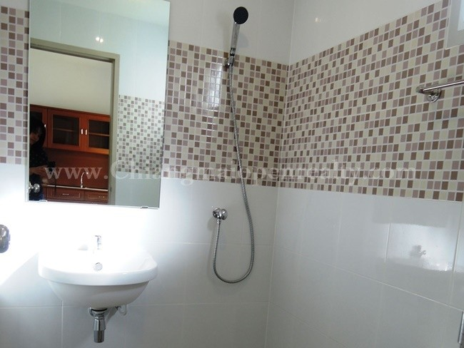 [H286] Townhouse on the corner for rent @ Supalai Ville