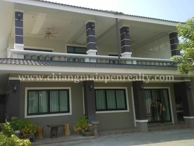 [H301] House with business building for rent/sale @ Sanpuleoi, Doi Saket