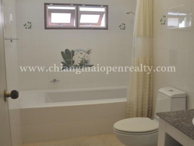 [H327] Newly refurbished house for sale @ Mae Hia