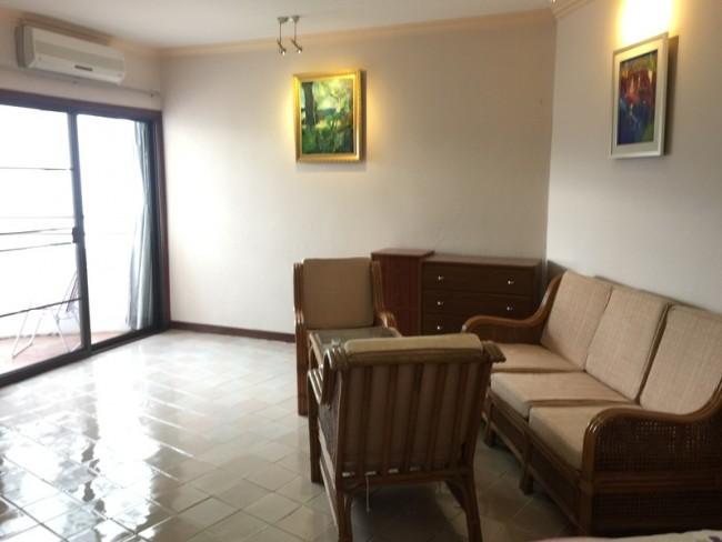 [CR009] Studio Room For Rent