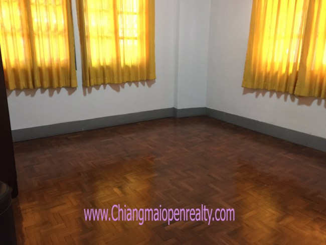 [H357] House for Rent @ Siri Wattahana Niwet.