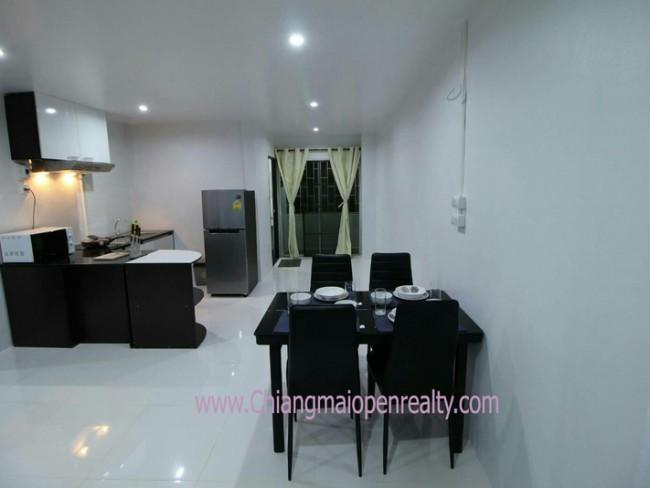 [CSR211-212] Apartment for Rent @ SR complex condo.