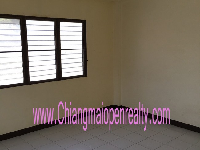 [H364] Townhouse for Rent @ 10,000 THB