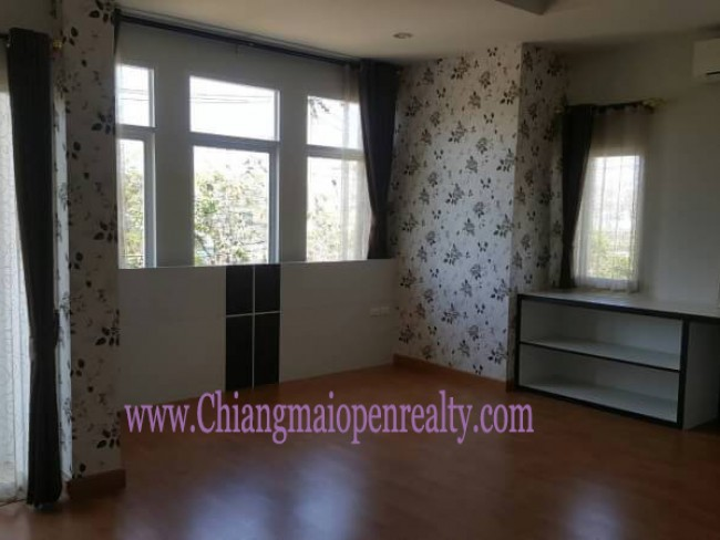 [H382]House for Sale  4 bedrooms 4 bathrooms. @ Pimuk 4.