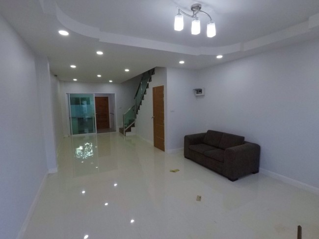 [H433] Town home for Sale 3 bedrooms 3 bathrooms.