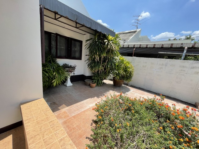 [H506] one story house for sale @ Amon Niwet Alley